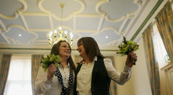 Върховният съд на Коста Рика: Еднополовите бракове са законни
