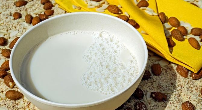 Сухо мляко отключва алергия при бебетата