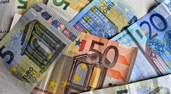 Годишната инфлация в еврозоната се ускорява