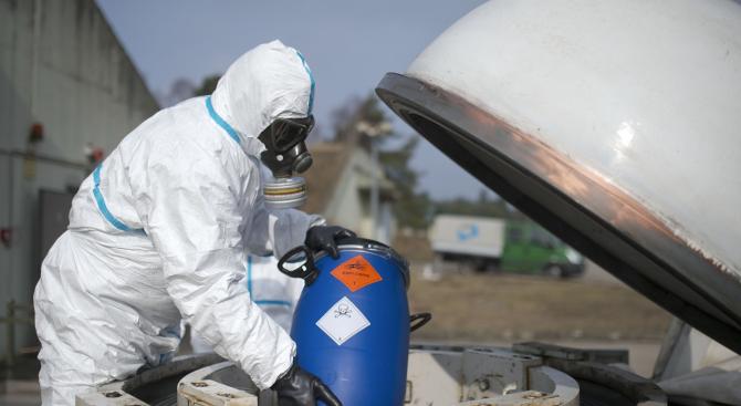 САЩ, Великобритания и Франция заплашиха с ответни мерки при нови химически атаки в Сирия