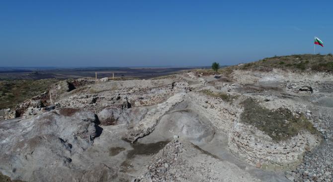 """Нова изключителна находка е открита при разкопките на крепостта """"Русокастро"""""""