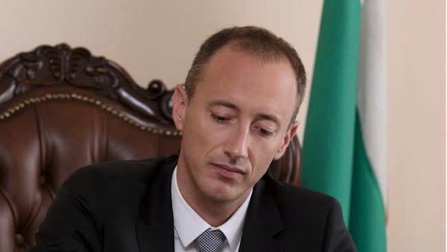 Красимир Вълчев ще се срещне с началници на регионалните управления на образованието