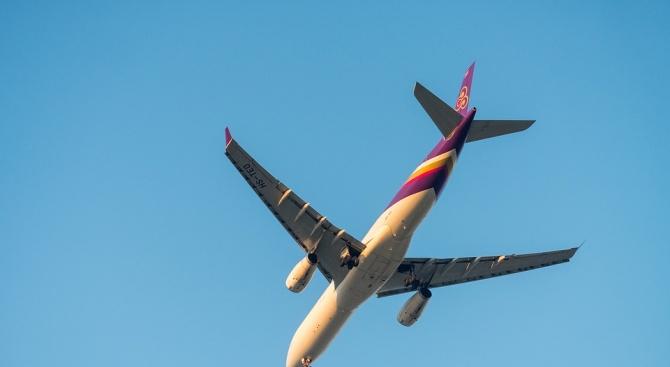 141 пътници бяха евакуирани от самолет след съмнение за холера