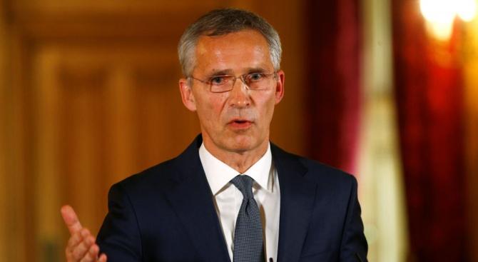 Столтенберг: Надявам се при следващата ми визита Македония да е член на НАТО