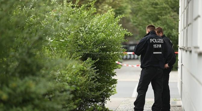Полицай е ранен при сблъсъци с лагер на екоактивисти в Германия