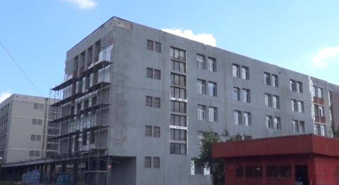 Училище остана с недовършен ремонт, фирмата се оттеглила без причина