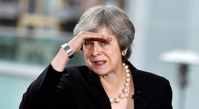 40 депутати от Консервативната партия ще гласуват против плановете за Брекзит на Мей