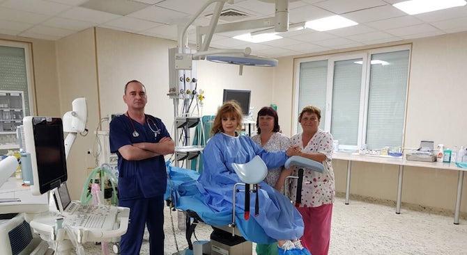 Български и италиански лекари си партнират за първите по рода си операции на щитовидната жлеза у нас