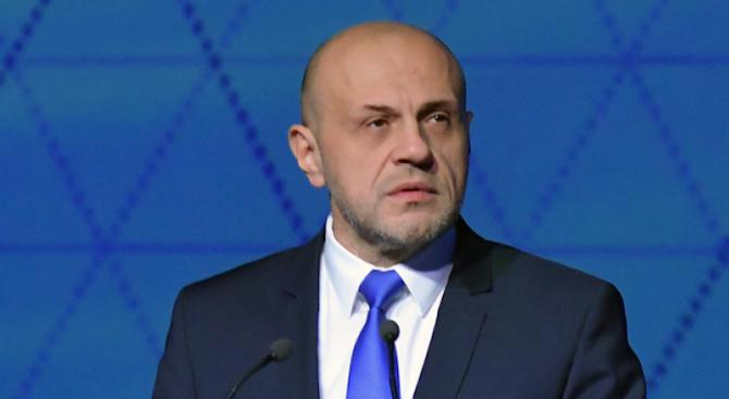 Томислав Дончев намесен в схема за 4.5 млн. лева?
