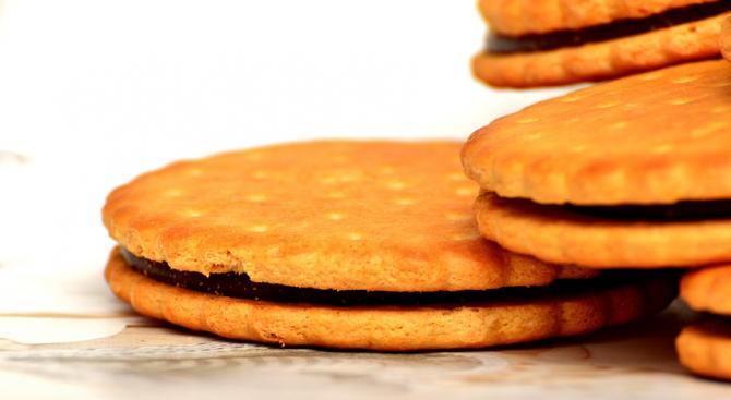 В столично училище раздават на децата бисквити с изтекъл срок на годност