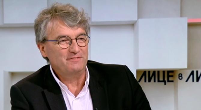 Проф. Лъчезар Трайков: Болно ми е, когато се говори за корупция между лекари