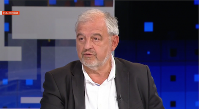 Проф. Иван Илчев: Македонските историци са победителят на референдума