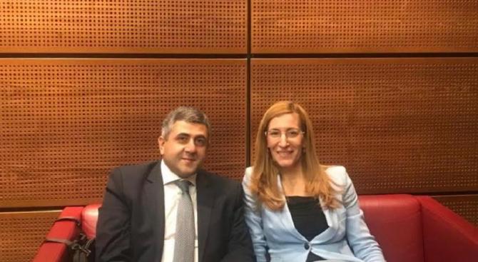 Ангелкова се срещна с генералния секретар на Световната организация по туризъм