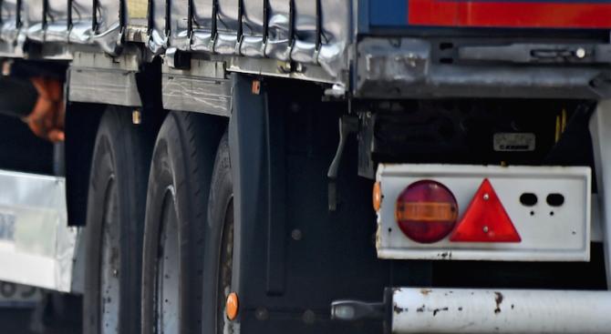Откриха 70 мигранти в камиона на българи в Хърватия