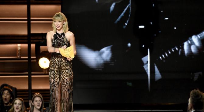 Тейлър Суифт ще открие церемонията за Американските музикални награди