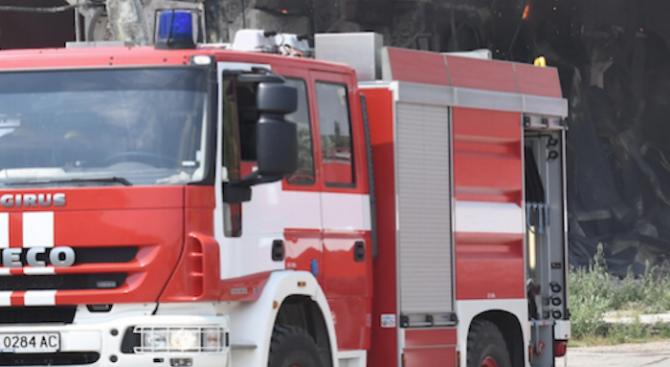 Възрастен мъж загина при пожар в гаража си