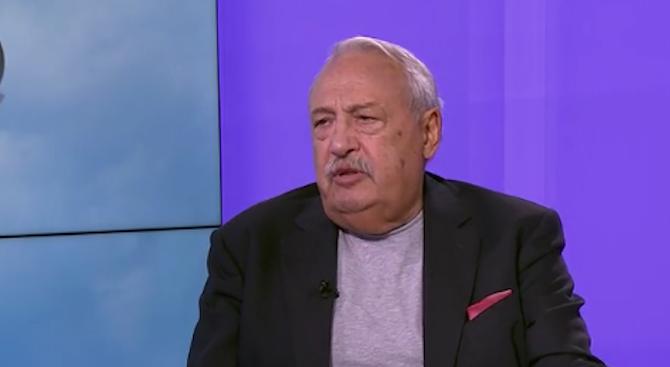 Иван Гарелов: Договорът между Македония и Гърция е под въпрос