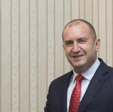 Румен Радев: Добре е бюджетният излишък да се изхарчи след обществен дебат