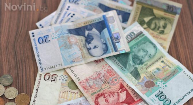 Възрастна жена от Габрово е измамена с 10 хиляди лева