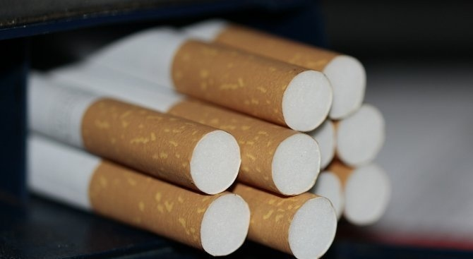 Полицаи конфискуваха 6149 къса незаконни цигари