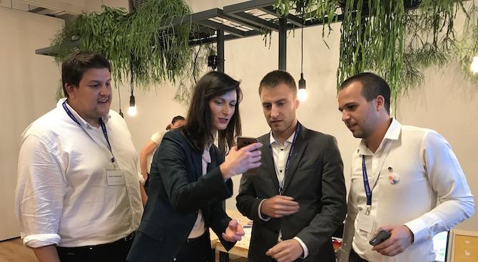 Млади програмисти представиха България на Европейската седмица на програмирането в Брюксел (снимки)
