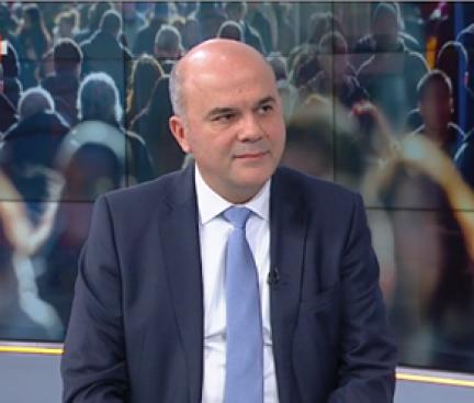 Бисер Петков с коментар за коледните надбавки, системата и пенсиите