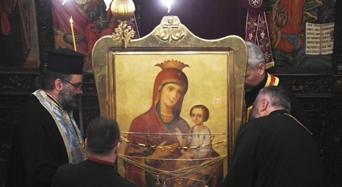 Чудотворна икона на Богородица Скоропослушница - в Монтана