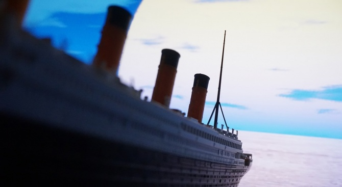 "Строят нов ""Титаник"""