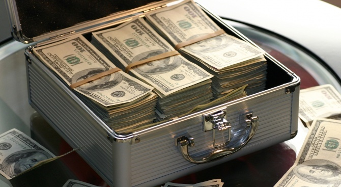 МВФ потвърди увеличаване на програмата за подпомагане на Аржентина до 56,3 млрд. долара