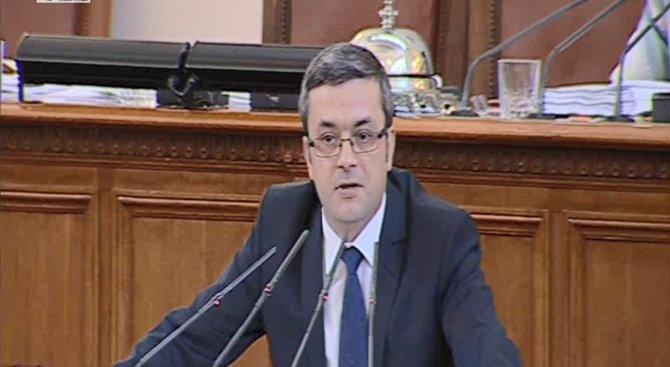 Тома Биков за арестите на бизнесмени: Надали има чадър над задържаните