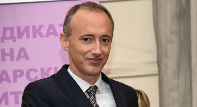 Красимир Вълчев ще награди български училища и учители, участвали в Европейската седмица на програмирането