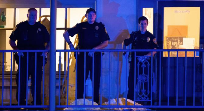 Мъж застреля двама души и рани най-малко трима в клуб за йога в САЩ и се самоуби