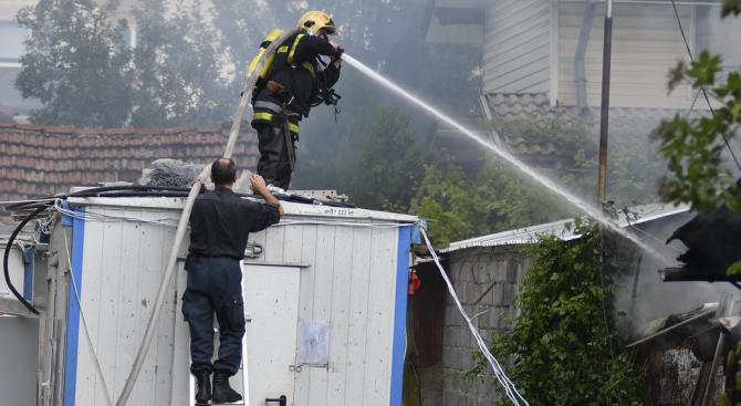 Откриха силно обгорял труп след пожар в Русе