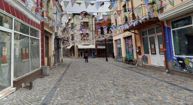 Забраняват бирата в центъра на Пловдив след 22 часа