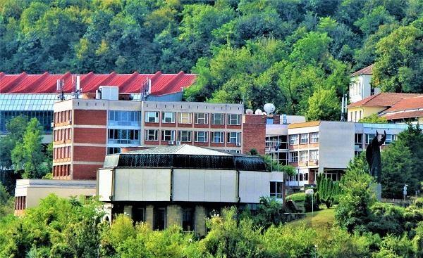 Ректорът на ВТУ заподозря атака срещу университета (снимка)