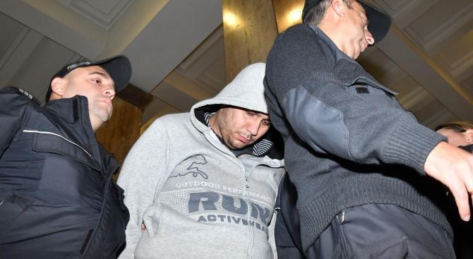 """Викторио Александров отново поиска домашен арест. """"Аз не съм убиец"""", каза той. Съдът обаче го остави в ареста (обновена+снимки+видео)"""