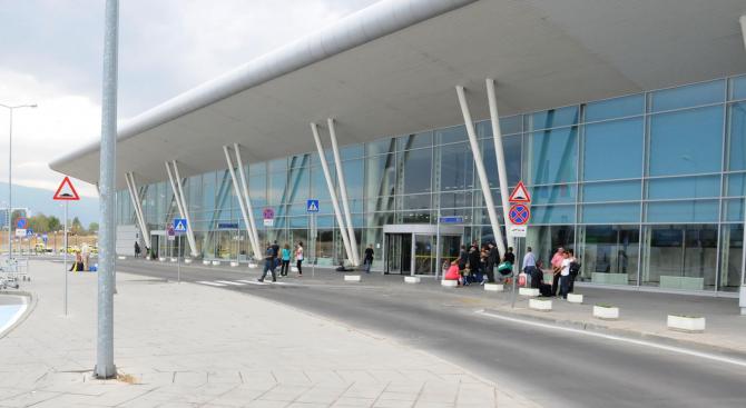 Временни технически затруднения на летище София