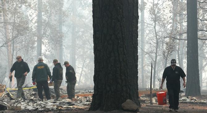 Броят на загиналите при пожара в Северна Калифорния достигна 42 души