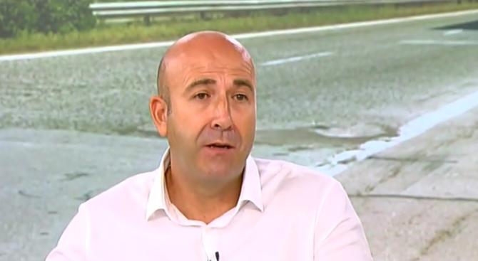 Богдан Милчев: Застрахователи плащат по 70 000 лева на адвокати, за да не бъдат осъдени от близки на загинали