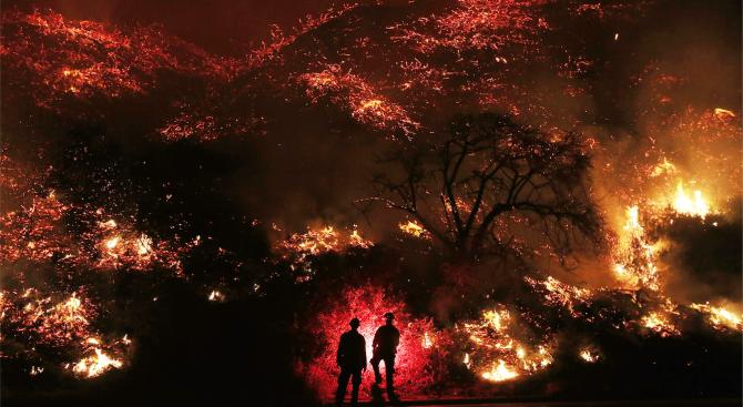 Броят на загиналите при пожара в Северна Калифорния достигна 76 души