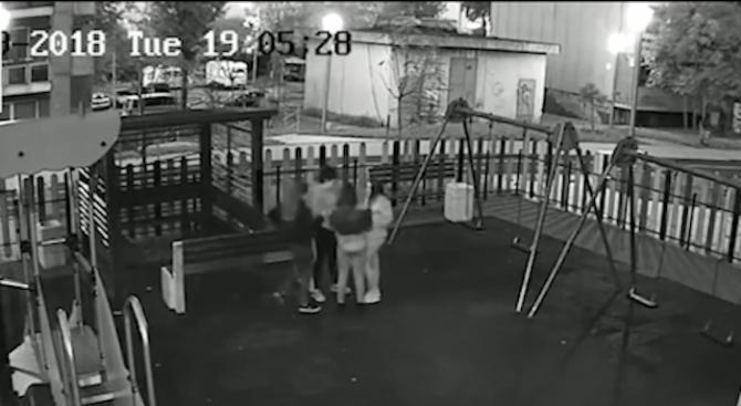 Вандали чупят детски площадки в Бургас