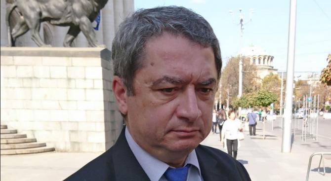 Емануил Йорданов: Прокуратурата върши безобразия, а съдът ги толелира