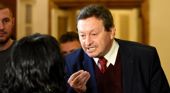 """Прокуратурата отказа да образува досъдебно производство срещу """"отровената вода"""" на Таско Ерменков"""