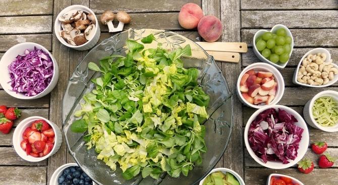 Плодовете и зеленчуците облекчават менопаузата
