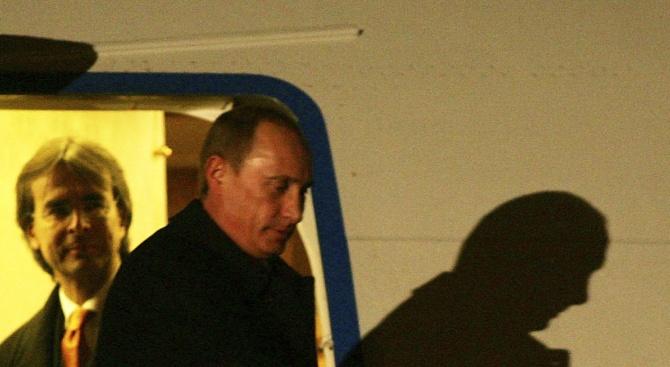 """Евакуираха """"Владимир Путин"""" с хеликоптер от Кремъл (видео)"""