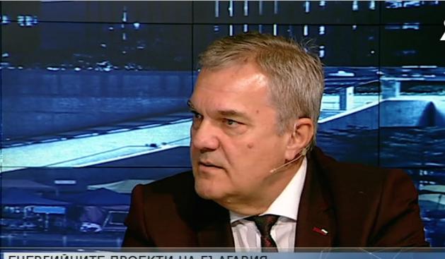 """Румен Петков: Борим се отклонението на газопровода """"Турски поток"""" да мине през България"""