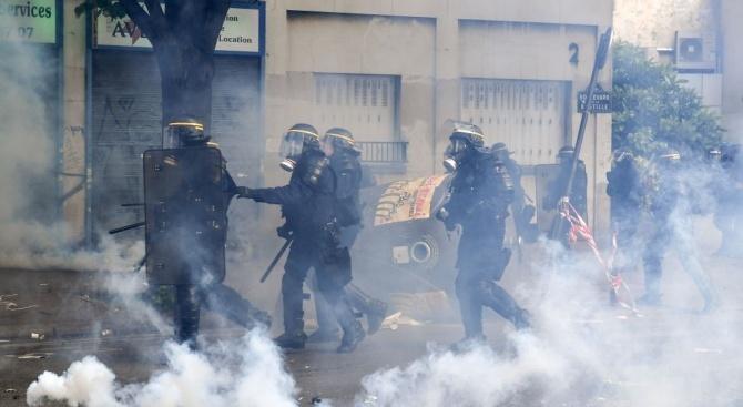 Франция пак протестира (видео)