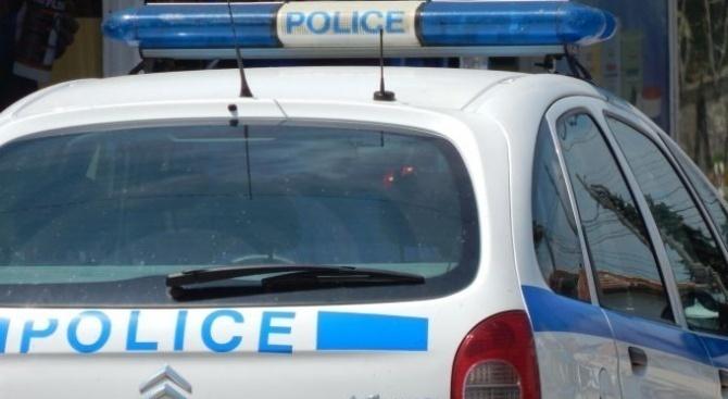 Задържаха мъж за кражба на дамска чанта от лекарски кабинет