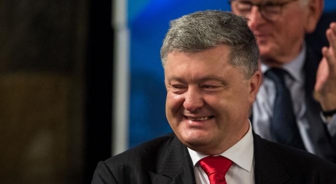 Порошенко свика резервисти за военна подготовка заради Русия - готвела инвазия в Украйна