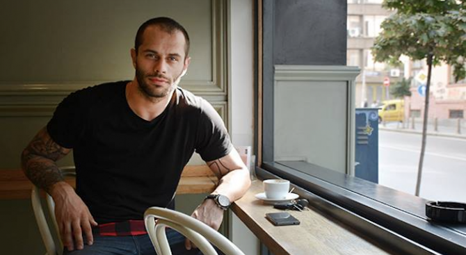 Арестуваха ММА боеца Деян Топалски за сводничество